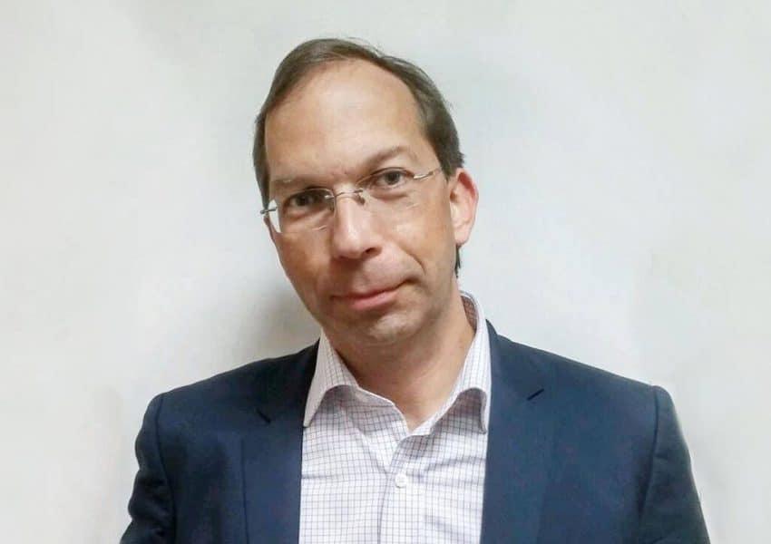 Frédéric Turbat propose d'accompagner des créateurs d'entreprises provenant de divers horizons en fondant La Maison de L'entrepreneur en 2004.