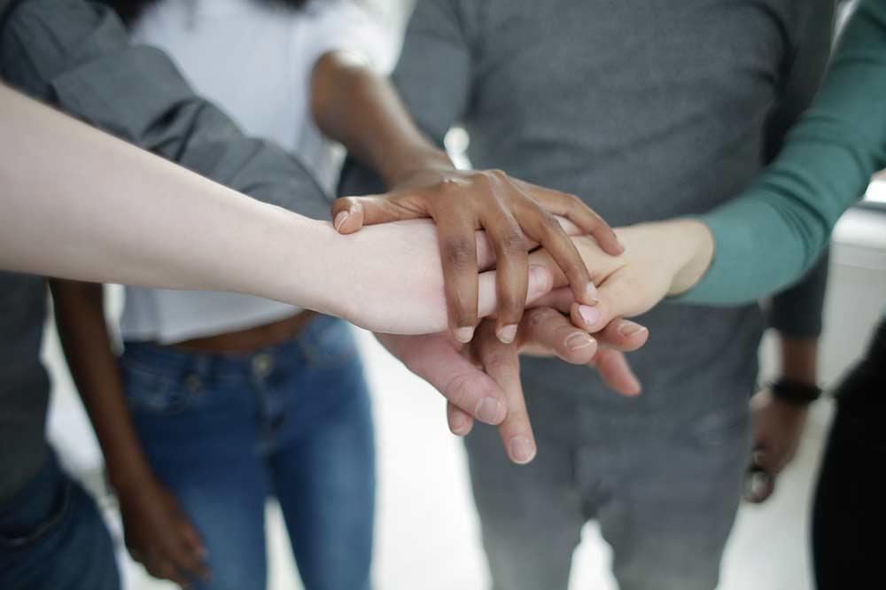 Les gestes et actions de solidarité entre les générations ont été nombreux durant la crise sanitaire